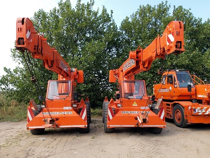 Galion 150 FA mobile cranes