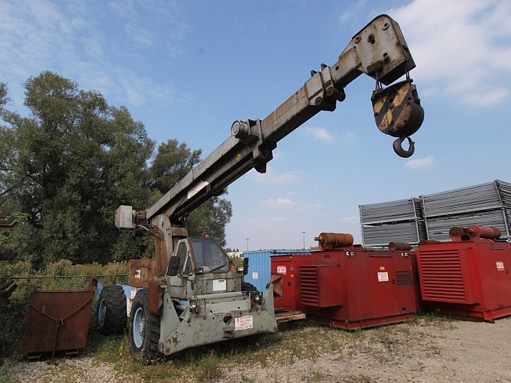 Galion extendable old crane