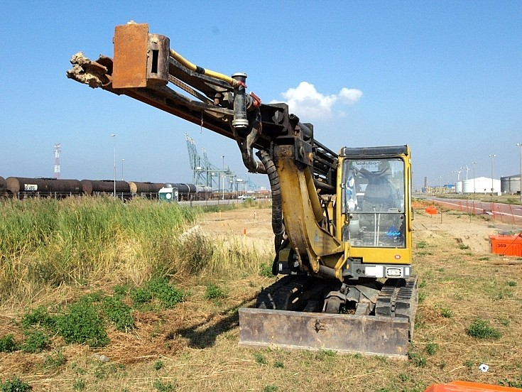 Neuson compact construction machine