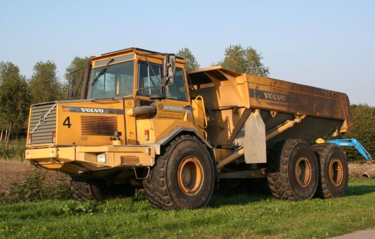 Tombereau de volvo a25c articulated – Traktorpool schlepper