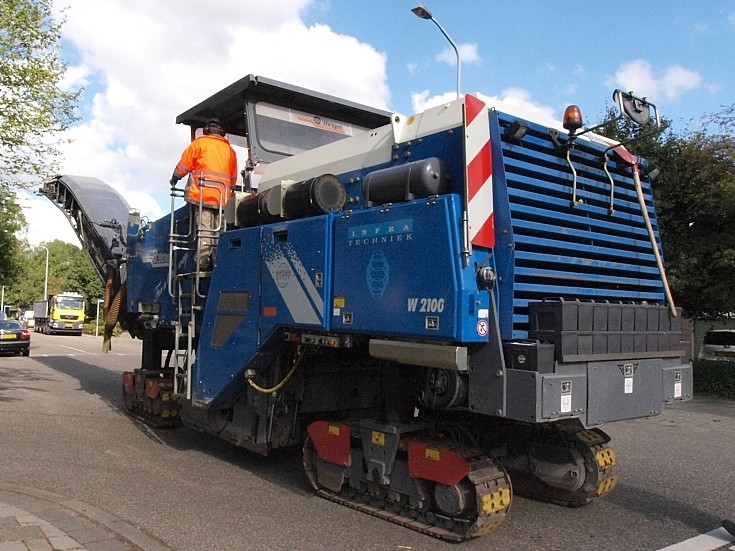 Wirtgen W 2100 - unloaded