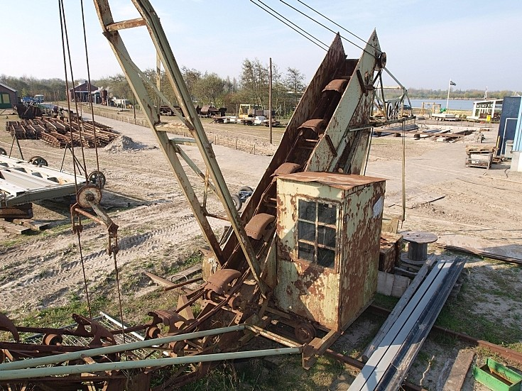 Very old O&K dredge