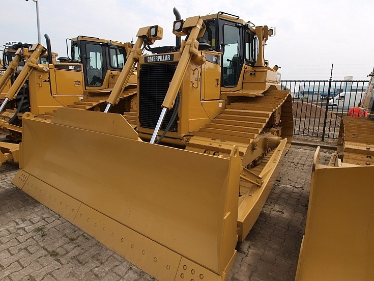 Caterpillar D6P LGT Loader