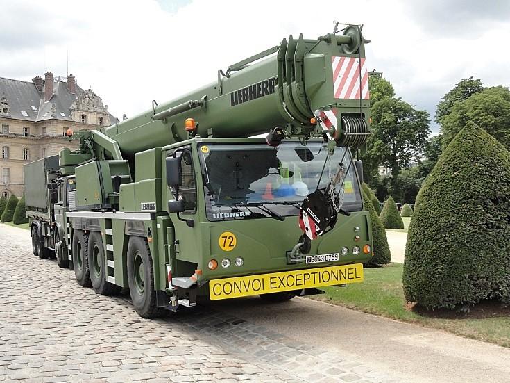 Liebherr telescopic crane