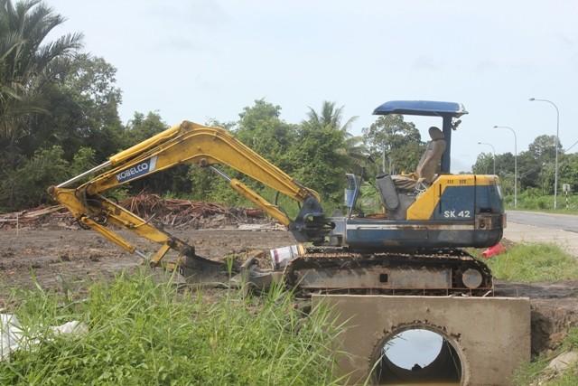 Kobelco SK42 excavator