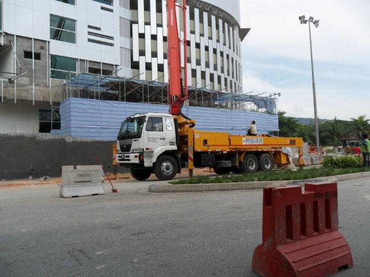 Nissan Diesel truck and concrete pump Malaysia