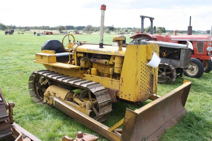 Caterpillar D2-5J8466