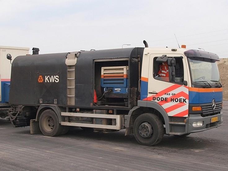 KWS Mercedes tarmachine