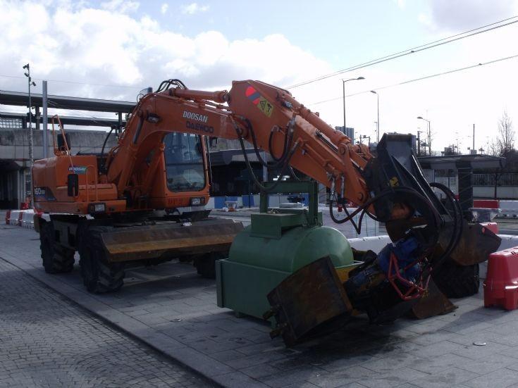 Daewoo excavator in Gennevilliers.