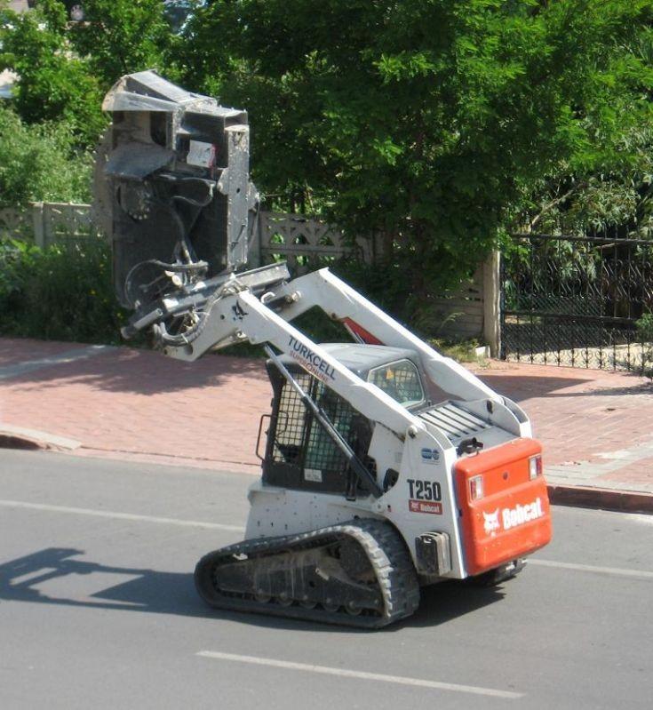 Bobcat T250 4