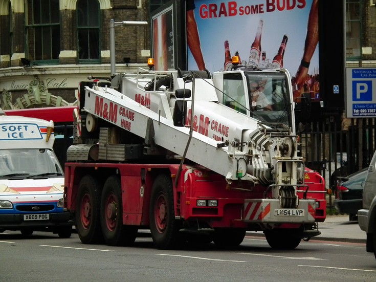 M&M Terex Mobile Crane in London