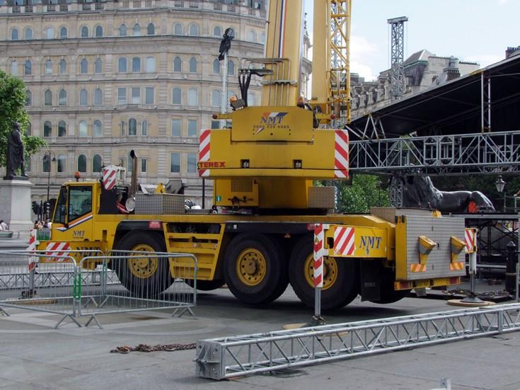 Building BT London Live