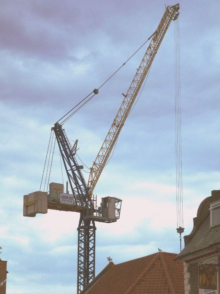 Terex tower crane                        26/6/2013