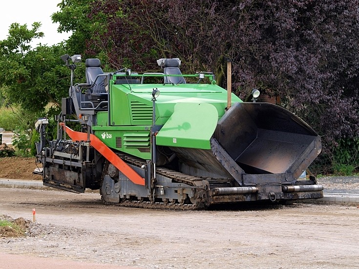 Tracked Road Paver