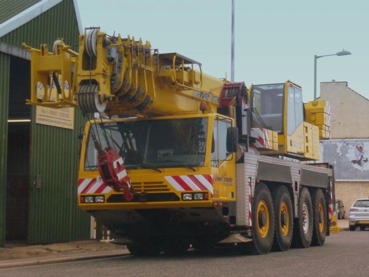 Terex 4 axle mobile crane