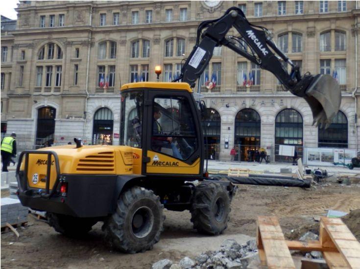 Mecalac Wheel Excavator - France