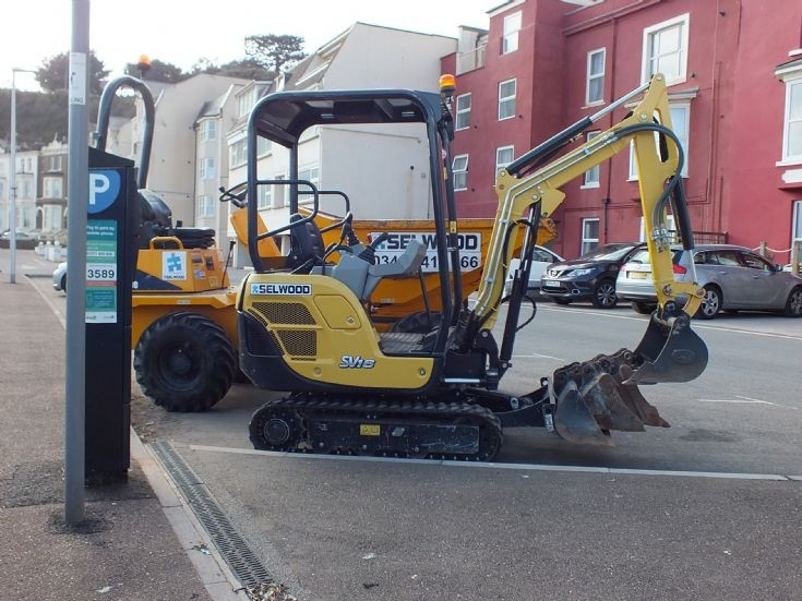 Ammann SV16 owned by Selwood's