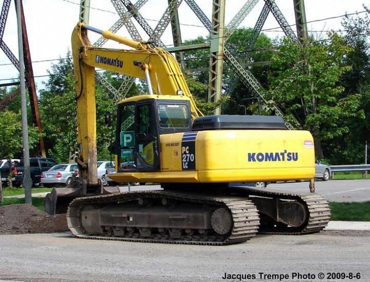 Komatsu PL270LC Excavator